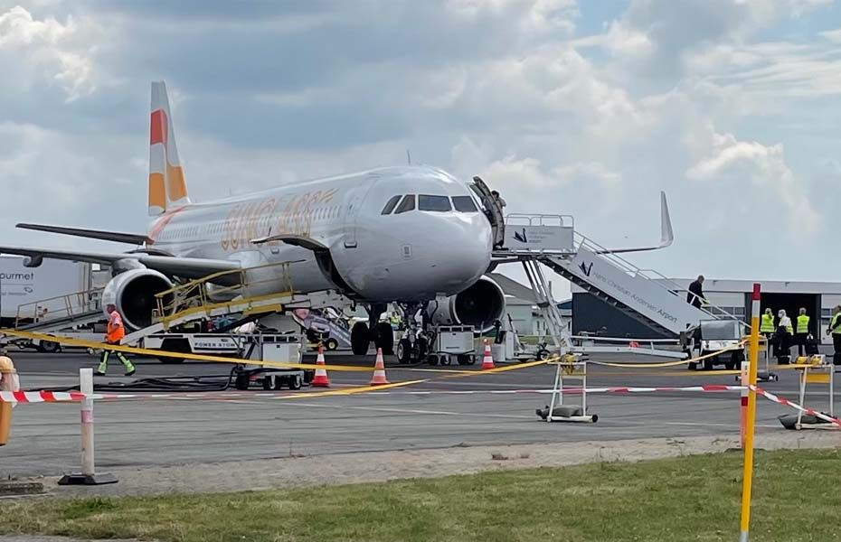 SUNCLASS Airbus A321 i Odense lufthavn
